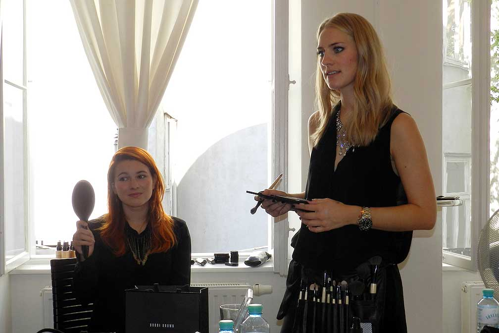 02-Fashion-Camp-2012-Anna-Posch-Makeup-Workshop-thexed