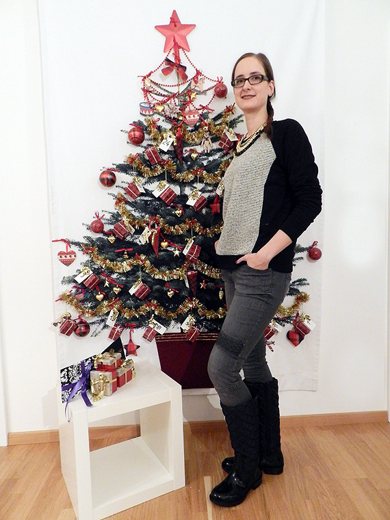 05-xmas-outfit-thexed