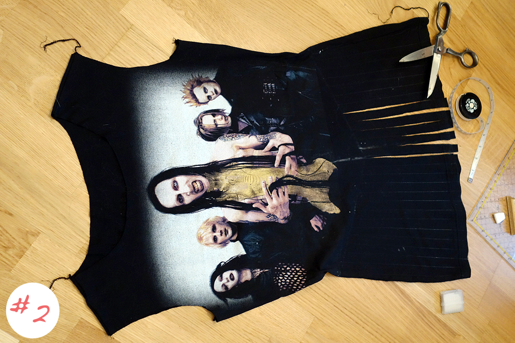 02-DIY-Marilyn-Manson-Shirt-thexed