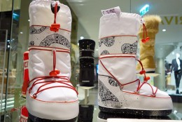 Moon Boots  im Steffl Department Store