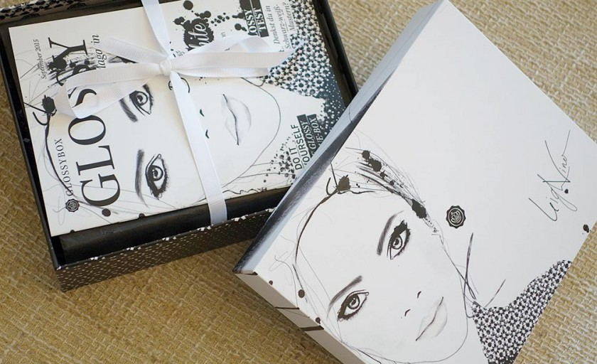 GLOSSYBOX Black and White