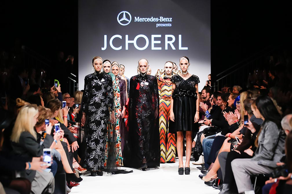 TL-2015-09-11-MQVFW-20h-JCHoerl_presented_by_Mercedes-Benz-003