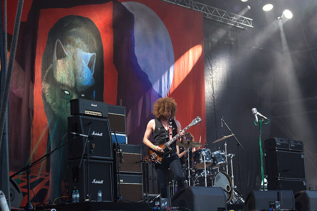 04-wolfmother-frequency-2016-xedblog