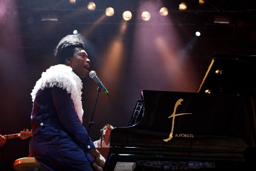 04-benjamin-clementine-out-of-the-woods-festival-2017-Iris-Reihs-xedblog-thexed