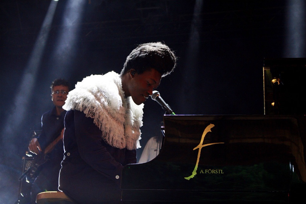 06-benjamin-clementine-out-of-the-woods-festival-2017-Iris-Reihs-xedblog-thexed