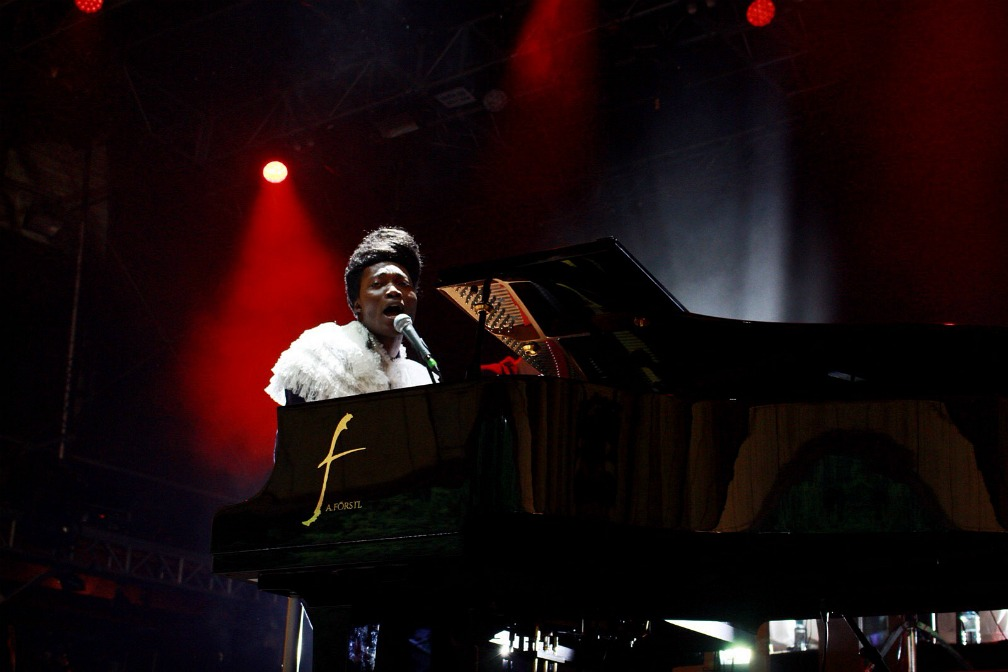 07-benjamin-clementine-out-of-the-woods-festival-2017-Iris-Reihs-xedblog-thexed
