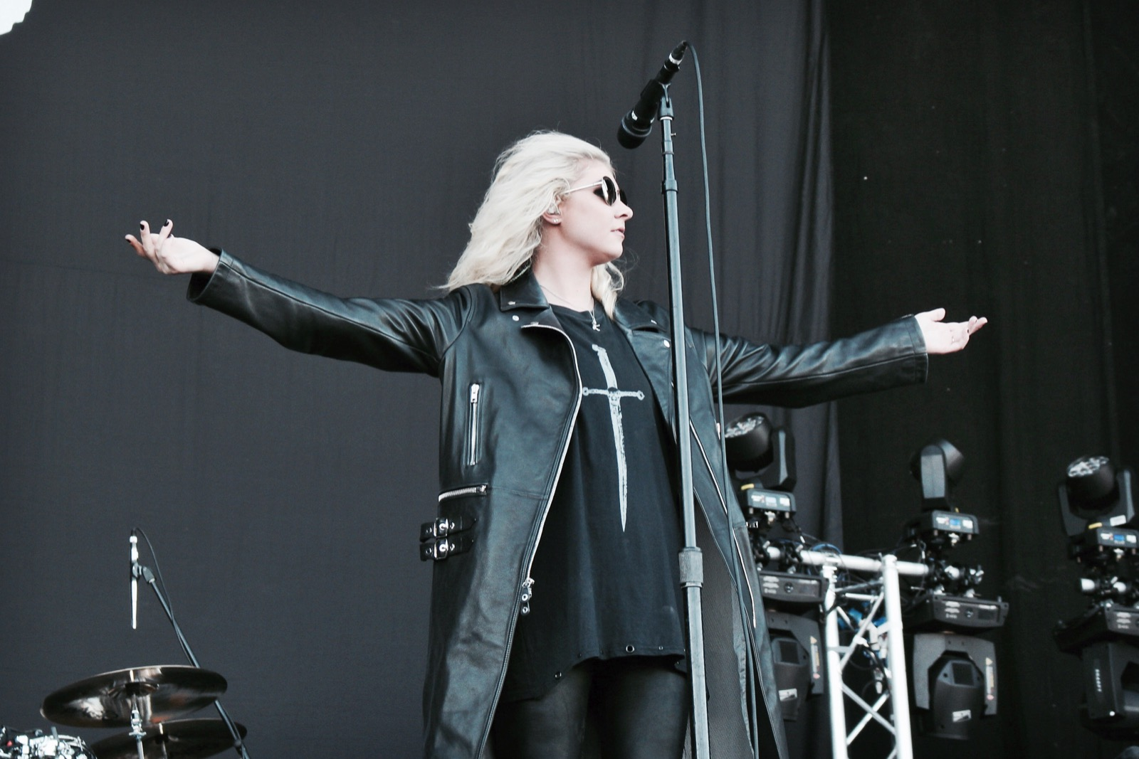 00-the-pretty-reckless-fm4-frequency-festival-2017-thexed-xedblog