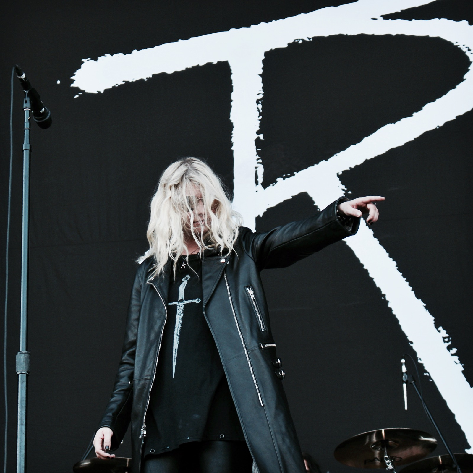 04-the-pretty-reckless-fm4-frequency-festival-2017-thexed-xedblog